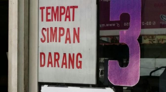 Meanwhile at Stesen Bas Kota Bharu