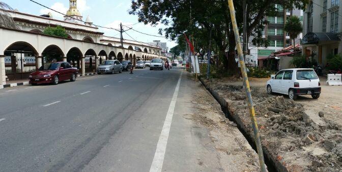 Gerai & Laluan Pejalan Kaki Masjid Muhammadi